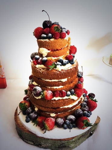 Fruit brown wedding cakes