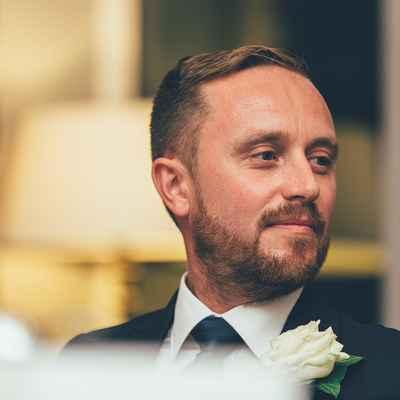 Overseas black wedding photo session ideas