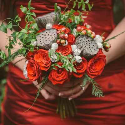 Brown rose wedding bouquet