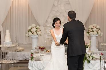 White overseas long wedding dresses