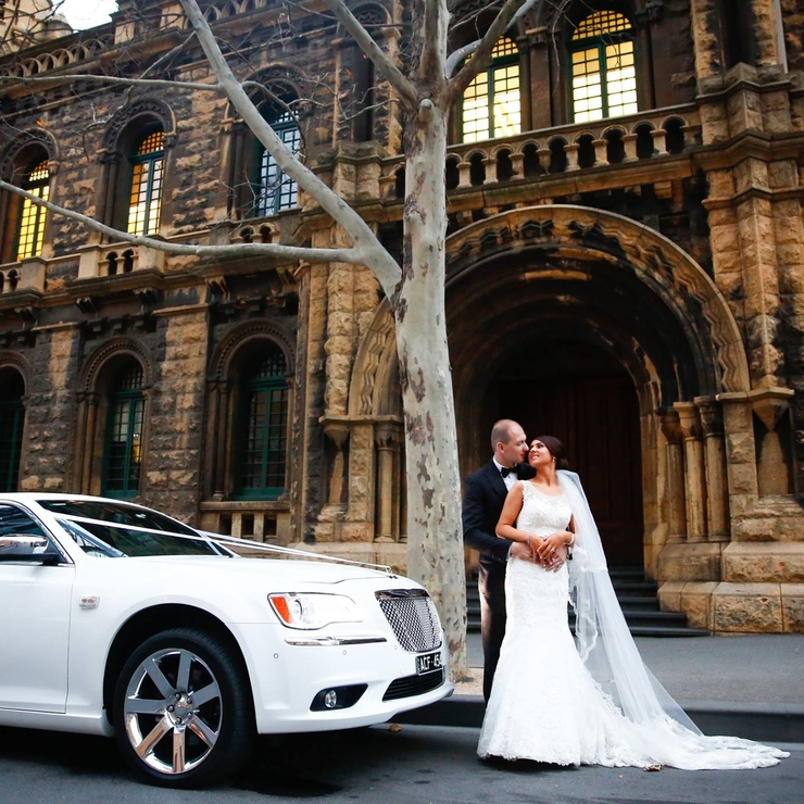 13 Passenger Chrysler Limousines