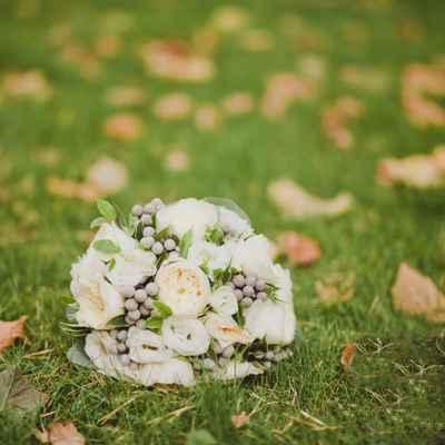 Autumn rose wedding bouquet