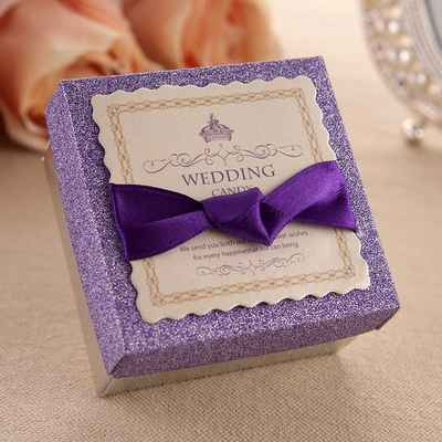 English purple wedding favours