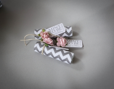 White wedding favours