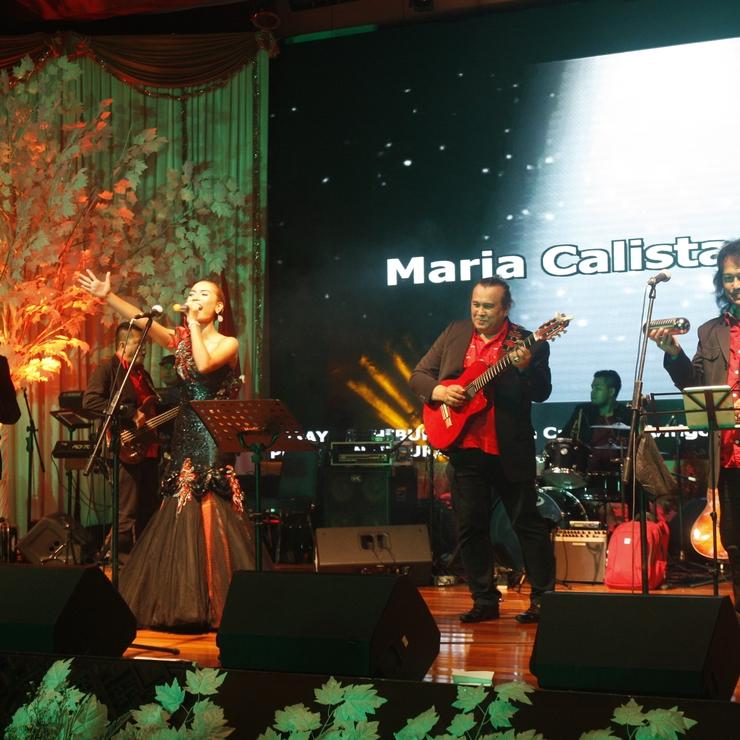 Natal Departement Pariwisata Wonderful Indonesia