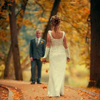 Autumn short sleeve wedding dresses