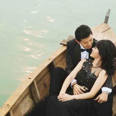 Outdoor black long wedding dresses