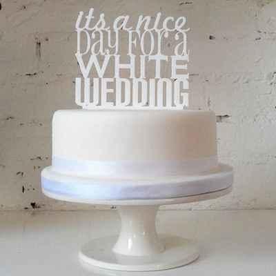 English white wedding cakes