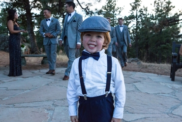 Outdoor white kids at wedding