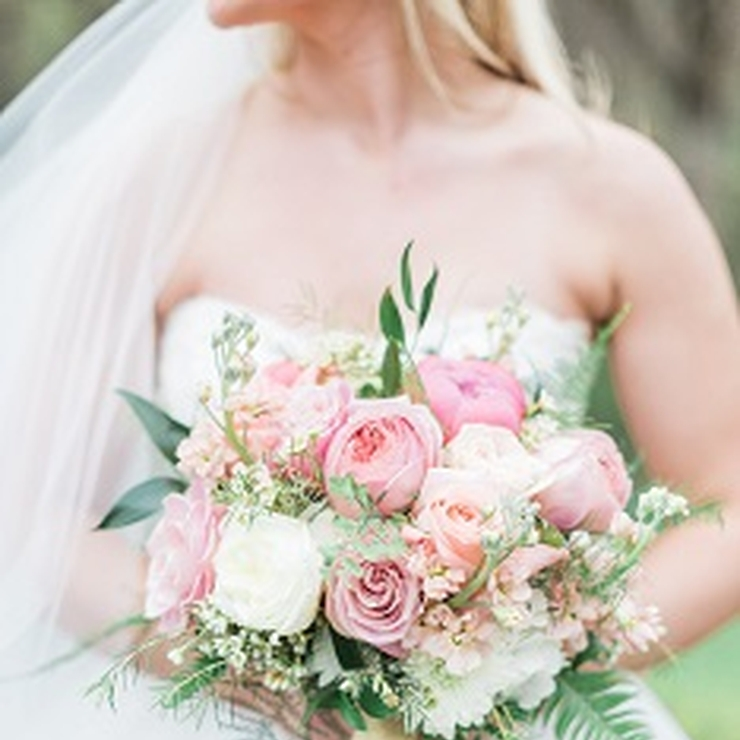 Kurt & Kristina's Wedding - coral/pink bouquets