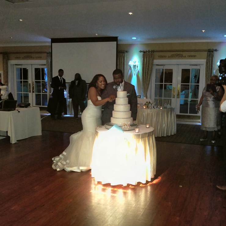 Mr and mrs wells wedding. Entertainment provided by dj timdogg entertainment.
