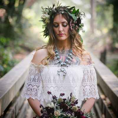 Rustic ivory bridal hair and make-up