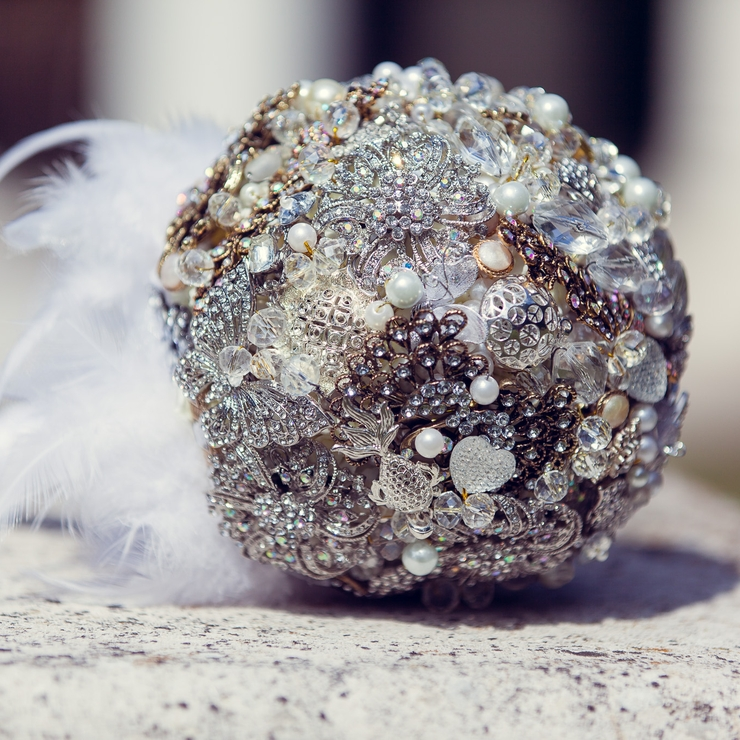 Brooch bouquet by BroochBride