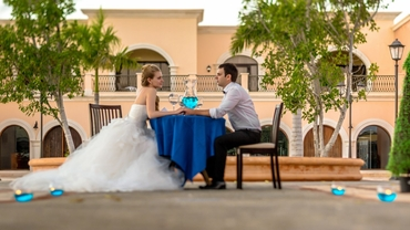 Blue photo session decor