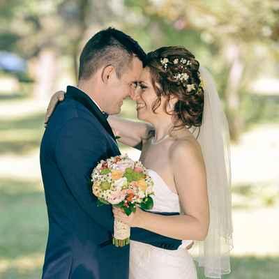 White outdoor open wedding dresses