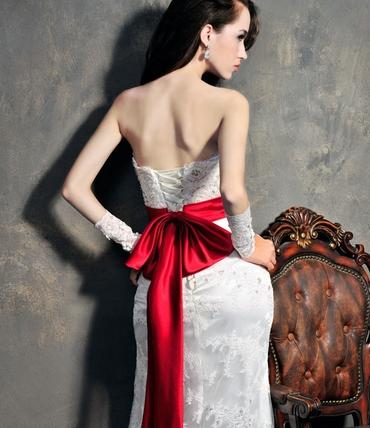 Red straight wedding dresses