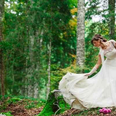 Outdoor summer long wedding dresses
