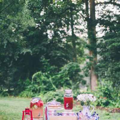 Red photo session decor