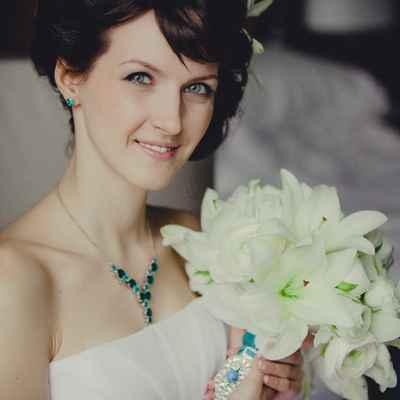 Lilly wedding bouquet