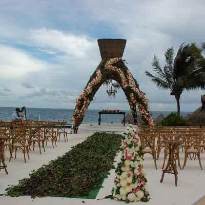 Beach brown wedding ceremony decor