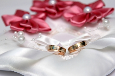 Wedding ring pillows