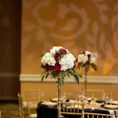 Gold overseas wedding reception decor