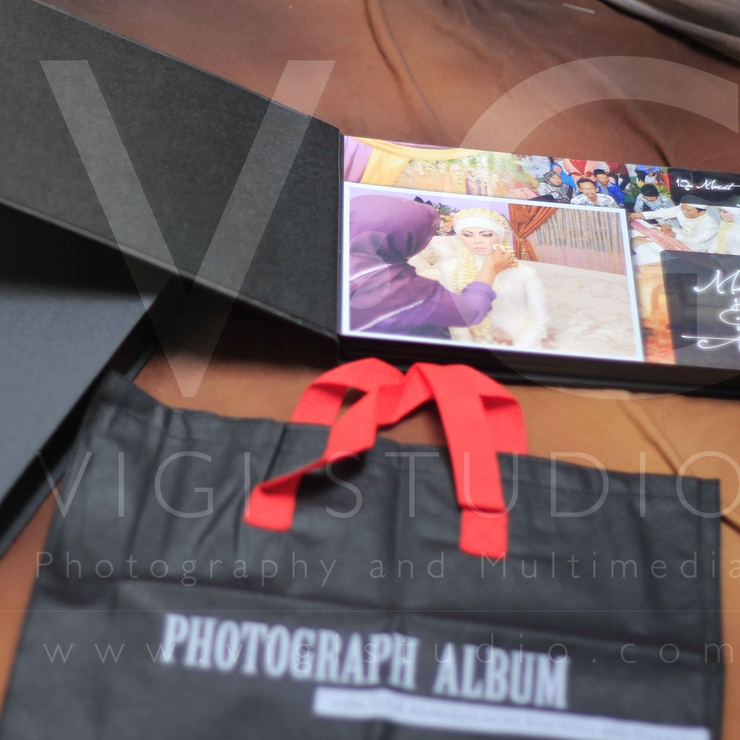 Album Foto Kolase Wedding Miya & Anto