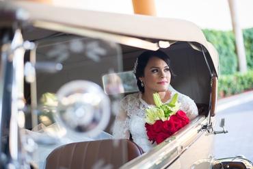 Vintage wedding transport decor