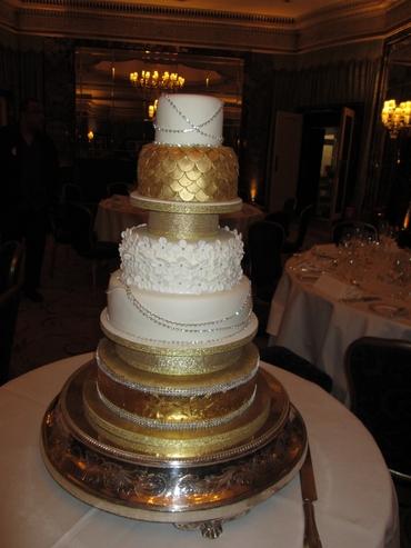 Gold wedding cakes