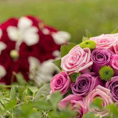 Summer pink rose wedding bouquet