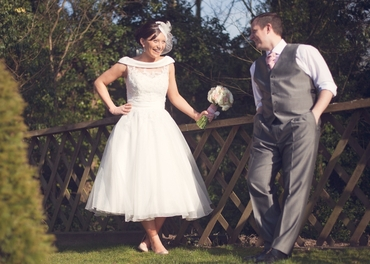 Vintage white short wedding dresses