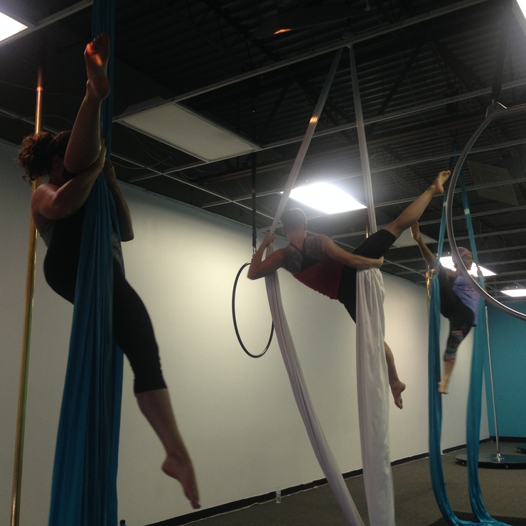 Aerial silks classes and parties