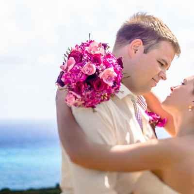 Overseas purple rose wedding bouquet