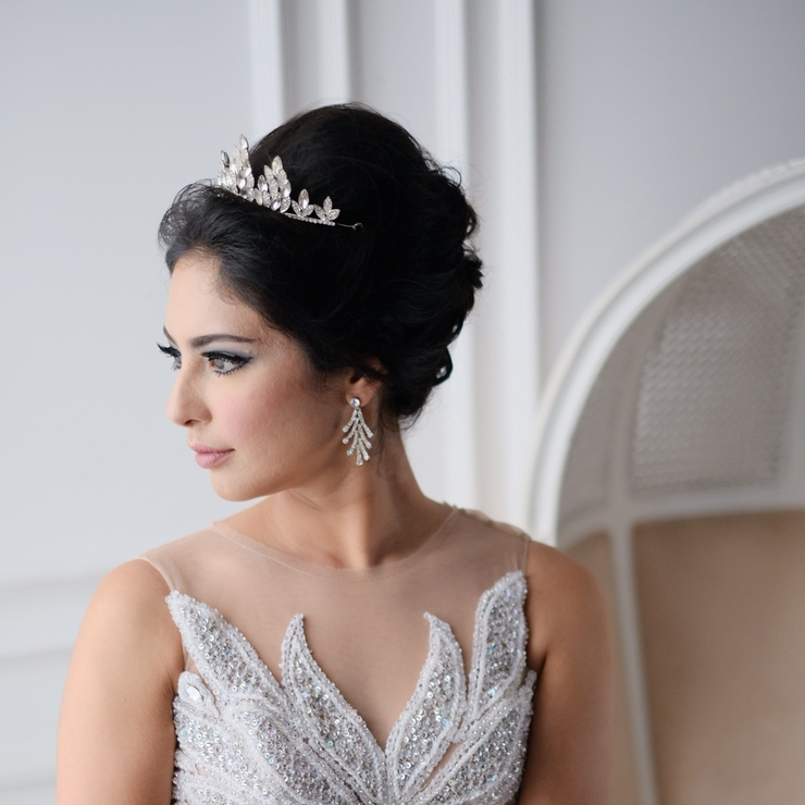 Bridal gown & wedding makeup