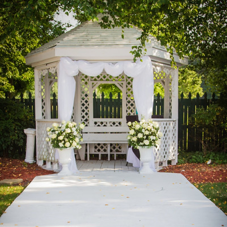 Traditions Chesapeake Gazebo Garden 2015