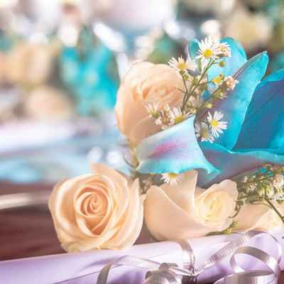Overseas blue wedding floral decor