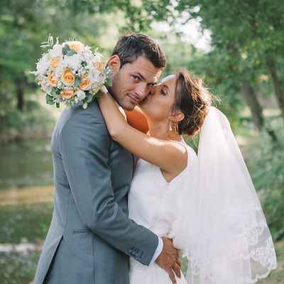Outdoor white closed wedding dresses
