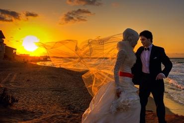 Ethnical white wedding photo session ideas