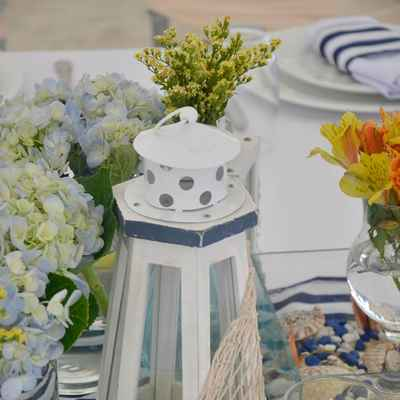 Marine white wedding reception decor