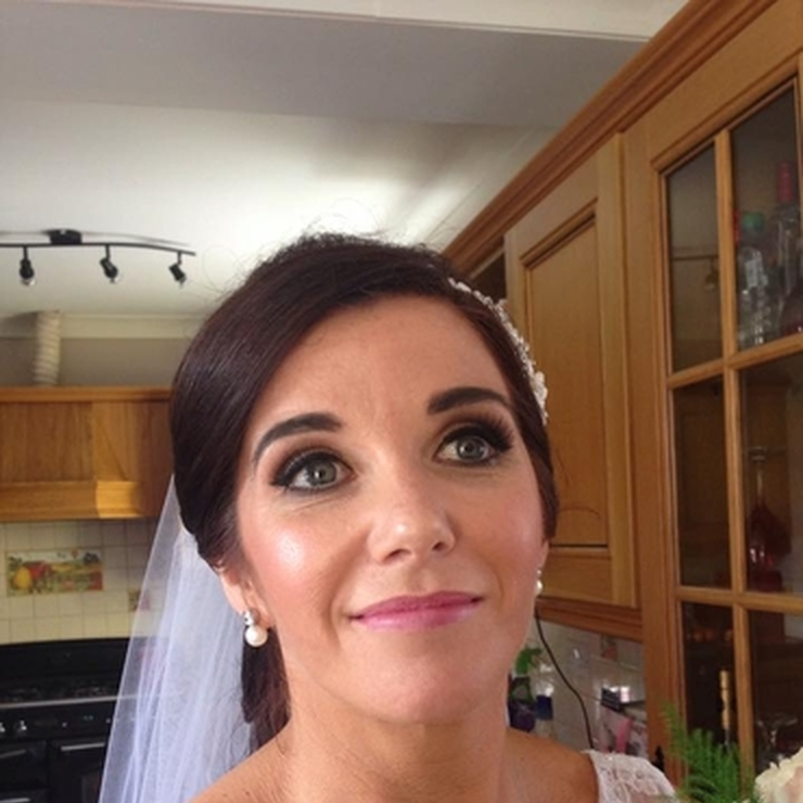 Bridal Makeup (brides only)