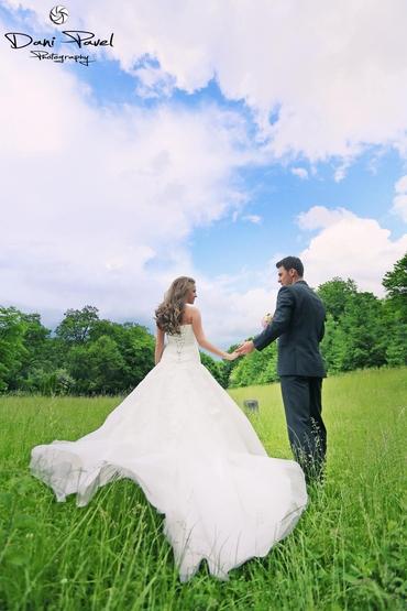 Outdoor summer real weddings