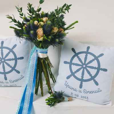 Marine blue photo session decor