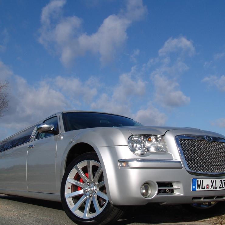 Chrysler 300 C Hemi silber