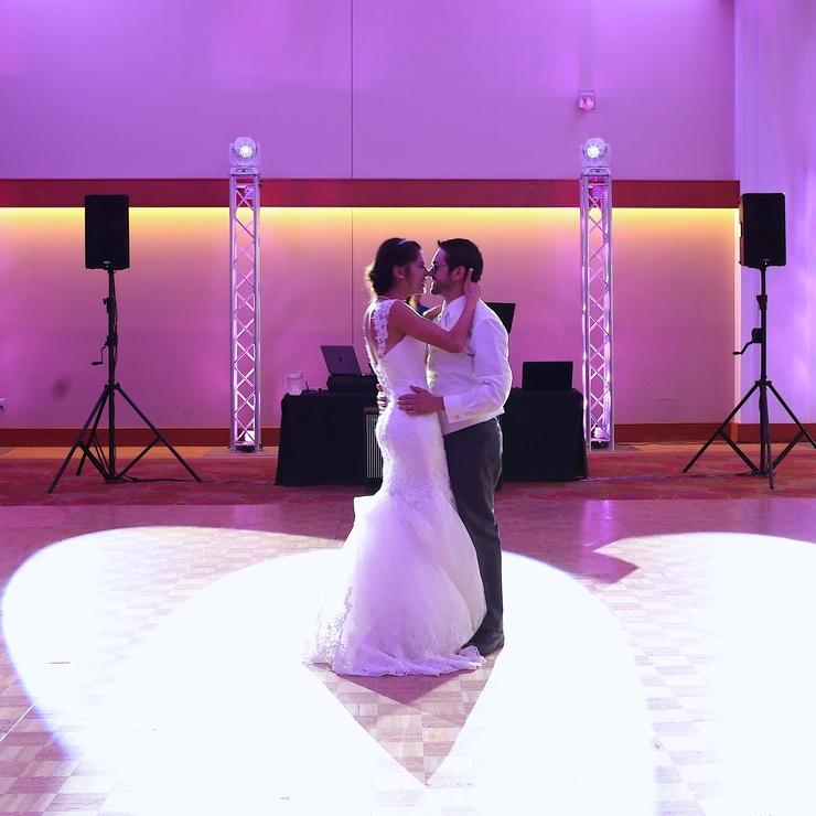 Lets design your wedding!