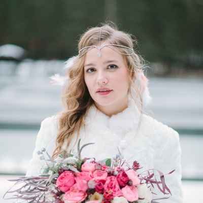 Winter ivory outdoor rose wedding bouquet