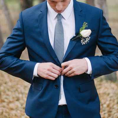 Outdoor white groom style