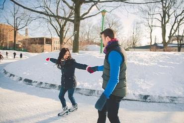 Outdoor winter wedding photo session ideas