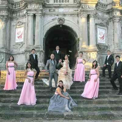 Outdoor pink wedding guests
