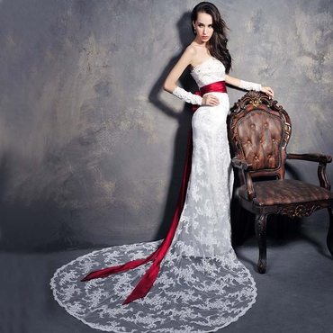 Red open wedding dresses