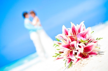Beach pink lilly wedding bouquet
